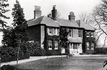 The Vicarage about 1920 [Z50/39/20]